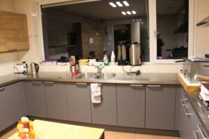 Keukenblad met wasbakken