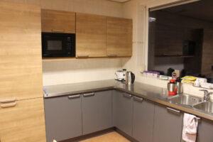 Keuken links met 2 kastjes